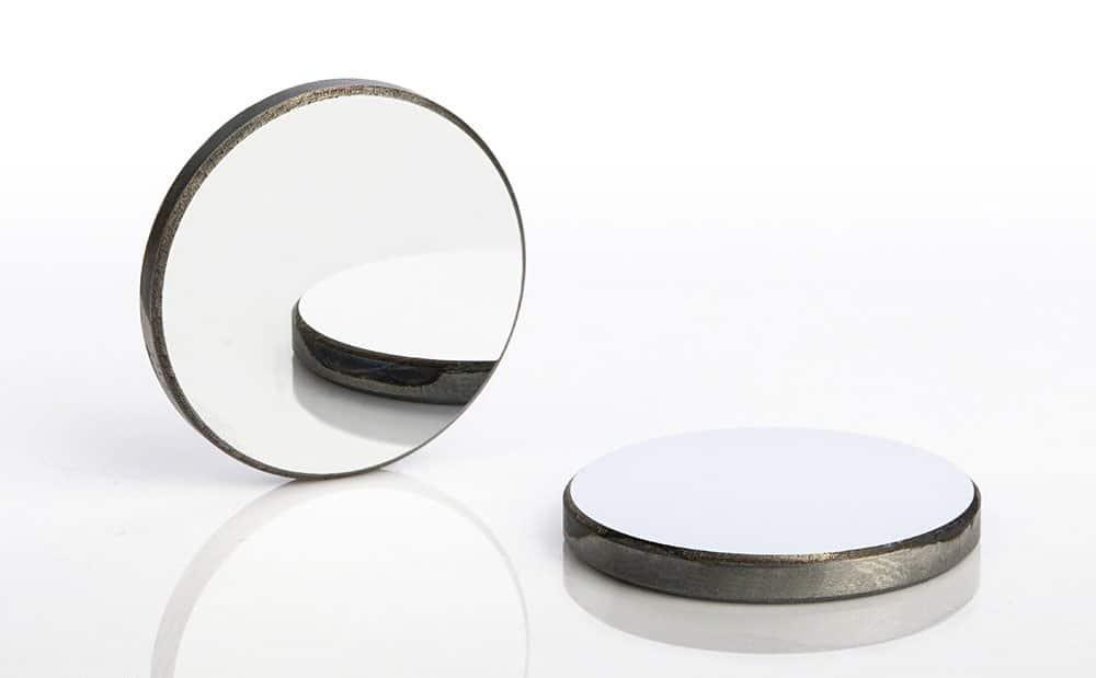 آینه دستگاه لیزر